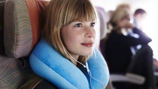 飛行機での長旅の参考に!エコノミークラスの旅を快適に楽しむ方法10選