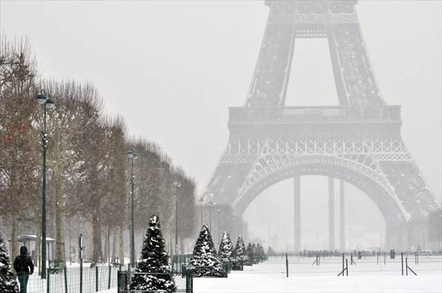 雪景色の美しいフランスの風景 5選