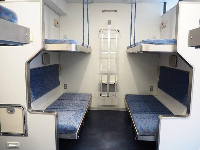 気分はブルートレイン!あの北斗星を再現した「Train Hostel北斗星」