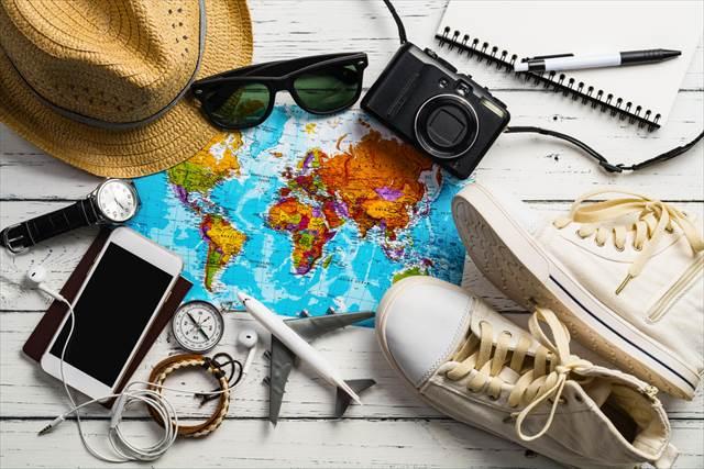 4位スリッパ!海外10回以上の旅人200人超が語る【現地で手元になくて困った道具】1位は
