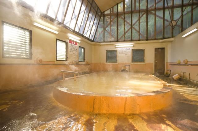 1位は和歌山の・・・【全国の秘湯ランキング】満足度94.4%の温泉地とは