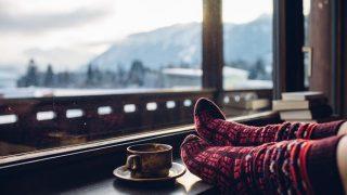 冬の旅人は必見【実体験レポ】使い切りカイロどこに張ると一番温かい?