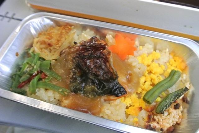 【機内食で世界巡り】羽田〜フランクフルト「ルフトハンザドイツ航空」