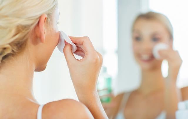フランス人は顔を洗わない 日本とフランスのコスメ事情の違い