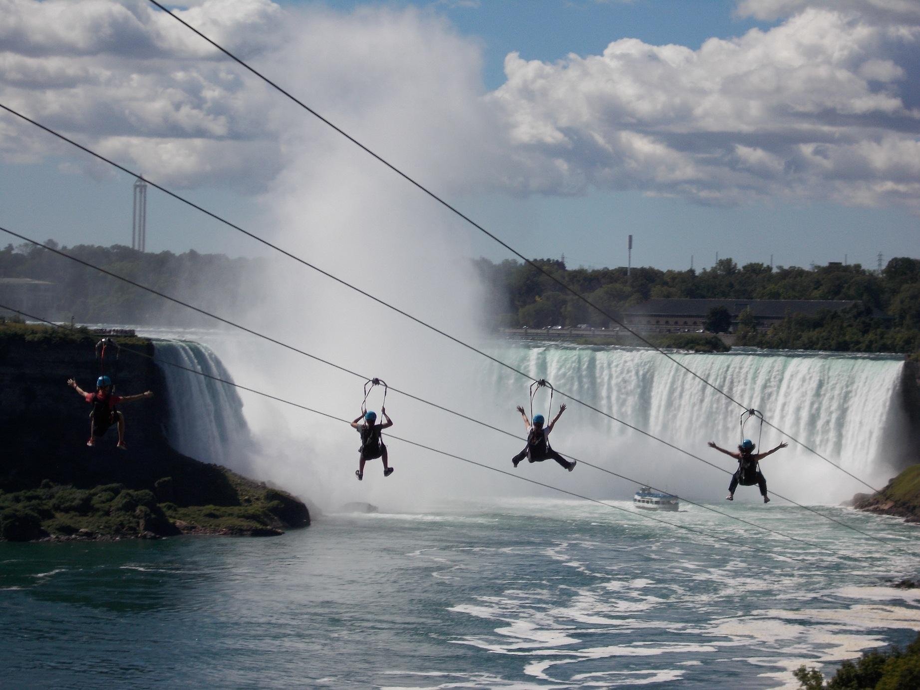 カナダ建国150年記念!ナイアガラの滝/現地特派員レポート