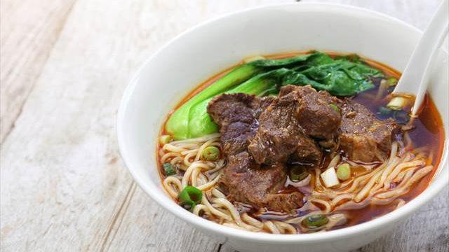 台湾で暮らす日本人がおすすめする、台湾の食堂で食べたい定番麺料理7選
