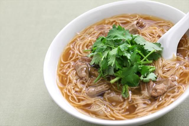 台湾で暮らす日本人がおすすめする、台湾の食堂でいただける定番麺料理7選
