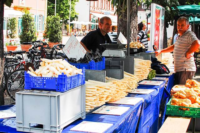 「シュパーゲル」でドイツの春の到来を美味しく味わう