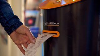 ショートストーリー読みませんか?超短編小説をプリントアウトできる自動販売機
