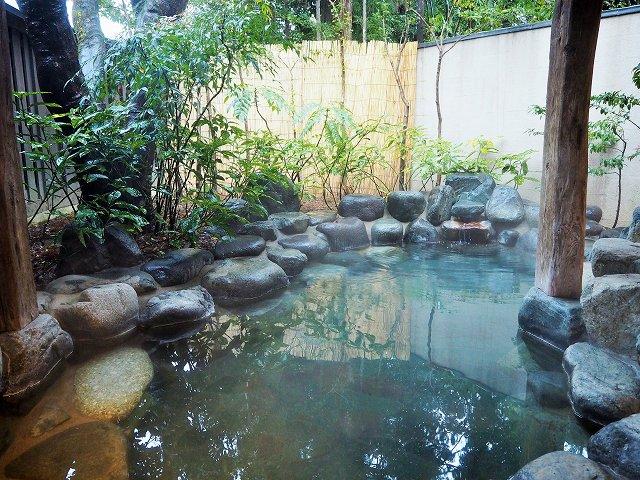 カップル旅行に最適!下呂のフォトジェニックな温泉宿「みやこ」で温泉と美食に溺れる