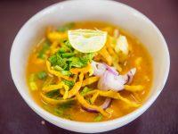 現地チェンマイで学ぶタイ料理。作って食べて、ためになって美味しい!一日楽しめます。