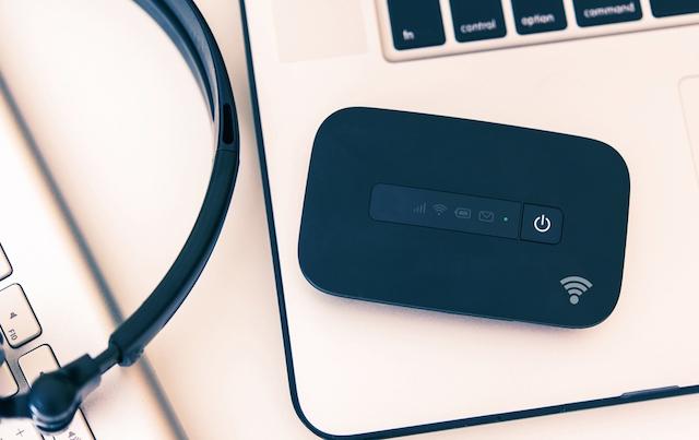 海外でスマホを使ったインターネット接続。安心な接続方法は?