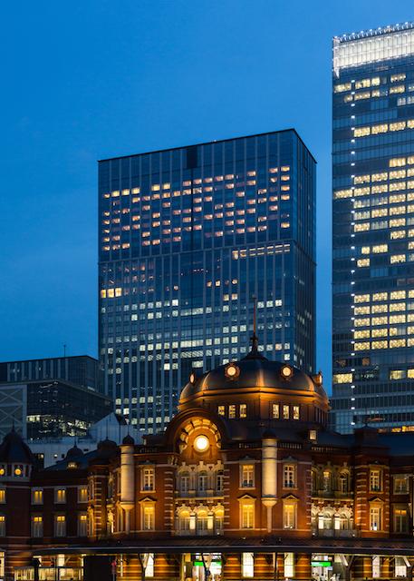 晩餐会つきの【シャングリ・ラ ホテル 東京】最高級スイートは一泊いくら?