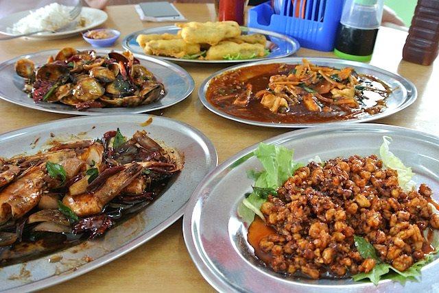 【マレーシア】お米もシーフードも美味! KLから日帰りで行ける「セキンチャン」へ