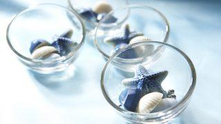 青い空、青い海をイメージしたチョコレートが涼しげ【お土産やギフトに!】