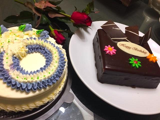 【タイ】街中で見かける超カラフルなケーキが気になったので買って食べてみた