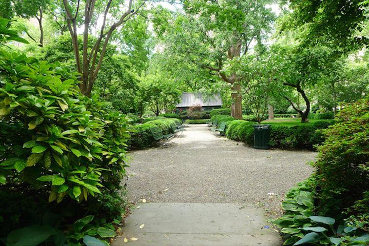 【ニューヨーク】鍵を持つニューヨーカーだけが入れる公園 グラマシーパーク