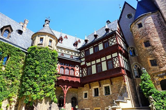 「ラプンツェル」のお城も、ドイツの可愛い木組みの街・ヴェルニゲローデはまさに絵本の世界