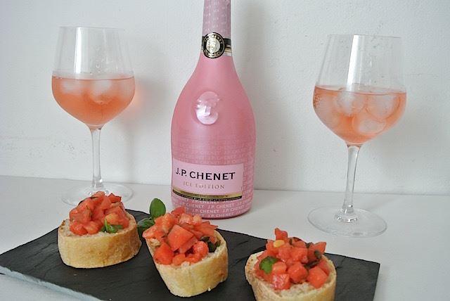 【フランス】この夏は「氷」を入れて楽しむロゼ泡が人気!