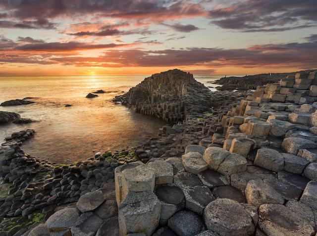 【世界遺産】巨人が造った世界屈指の奇景、アイルランドのジャイアンツ・コーズウェイ