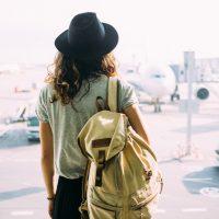 旅するとは限らない?スタイルによって働き方や待遇が変わる、トラベルライターの種類とは