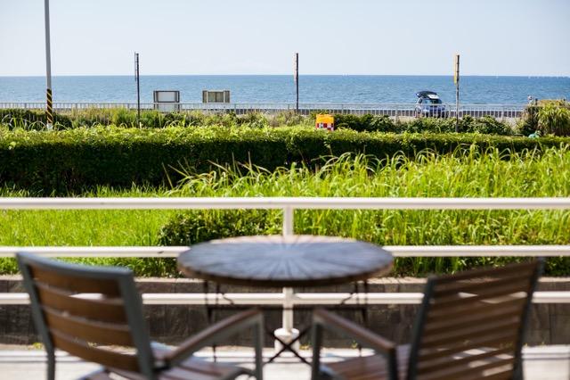 【鎌倉】秋の始めに訪れたい、居心地バツグンな海の見えるカフェ3選