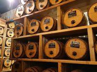 【東京渋谷】ワイナリーにいるみたい。50個の樽から30分290円でワインが飲み放題