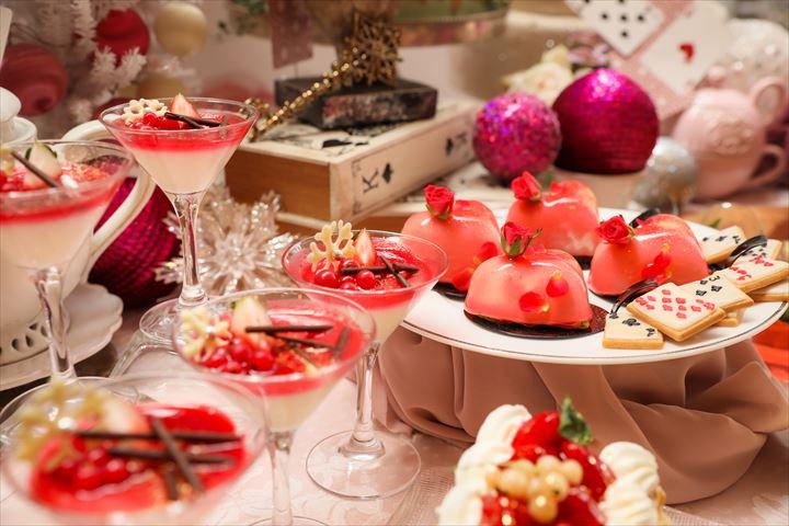 不思議の国のクリスマスデザートブッフェ『アリスのクリスマスパーティー』