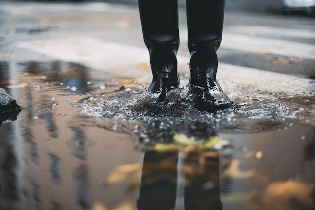 ありえない! 日本人が雨の日のニューヨークで驚いたこと〜ニューヨーカーの驚きの雨具とは