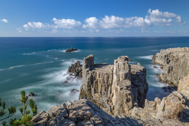 「マツコの知らない世界」で紹介された、人生を変える!絶景の崖