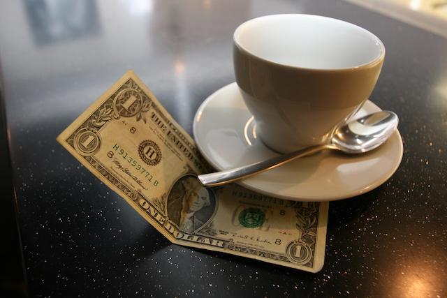 【NYCビギナーでも分かる】チップの支払い方・簡単なルール