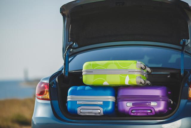 スーツケースのシール跡はどうする?専門家に聞いたお手入れテク