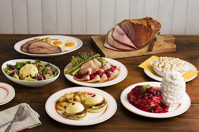 Eggs 'n Thingsからクランベリーを使用したパンケーキやターキーなどの「サンクスギビングデー」メニューが登場!