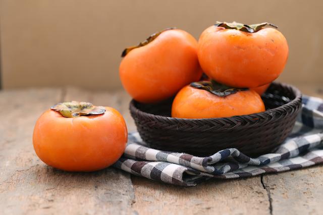 【簡単レシピ】今だけのお楽しみ!柿とパイナップルのフルーツサンドが絶品!
