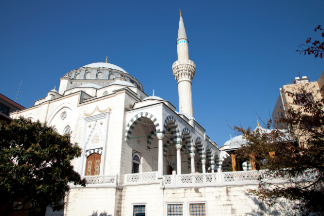 【東京無料観光スポット】パスポートなしで異国気分! アジア一美しいイスラムの聖地へ