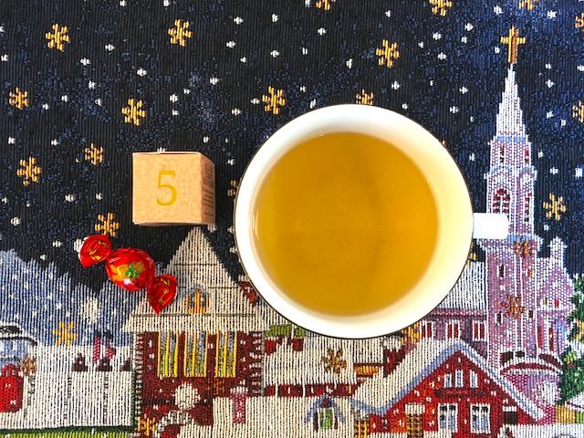【今日のアドベントカレンダー】12月5日「冬の朝の匂いのこと」