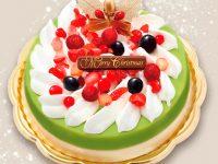 濃厚な抹茶とバニラの二層アイスを華やかなベリーで彩った「辻利」のアイスデコレーションケーキ