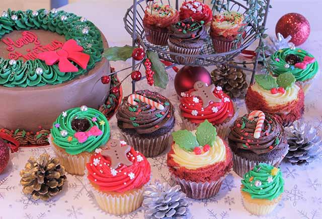 可愛いカップケーキでクリスマスを・・・「ローラズ・カップケーキ東京」の2017 クリスマス限定商品が発売