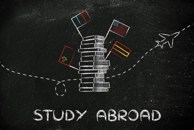 【留学特集】持ち物や費用、手続きは?短期から長期まで、すべて経験者取材!