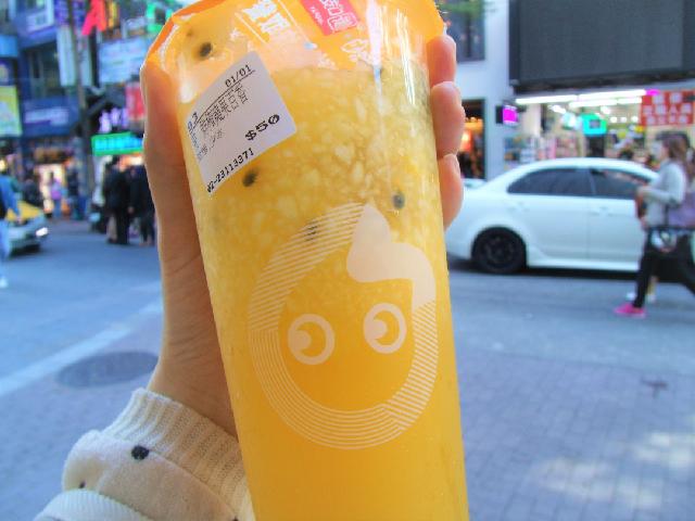 【台湾】CoCo都可の搾りたてフルーツたっぷりドリンクがおいしい!
