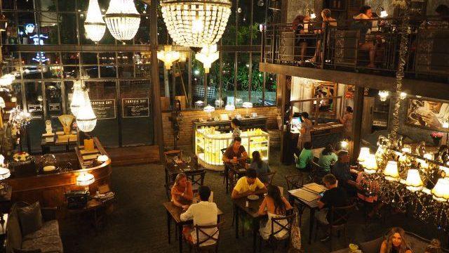 可愛すぎる!バリ島で絶対に行きたいアンティークレストラン「ザ・ビストロ」