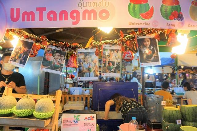 絶景と話題に、アクセス便利なバンコクのおしゃれナイトマーケット「タラートロットファイ・ラチャダー」