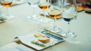 【表参道】無料で食べ比べできるチーズバーに、無料チーズセミナーも楽しめる「ラ・メゾン・デュ・フロマージュ」
