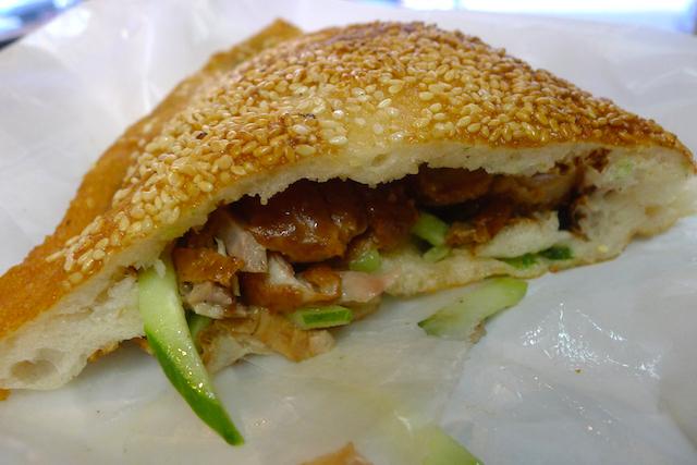 ニューヨークでチープに食べる。5ドルで美味しい「世界のサンドイッチ」4選