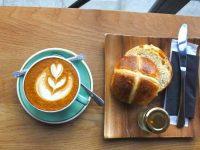 ニュージーランド発のカフェで味わうイースターの伝統スイーツ