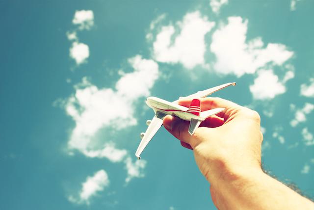 生命線から枝分かれしてる?旅で運が開ける人の手相【旅行線】とは