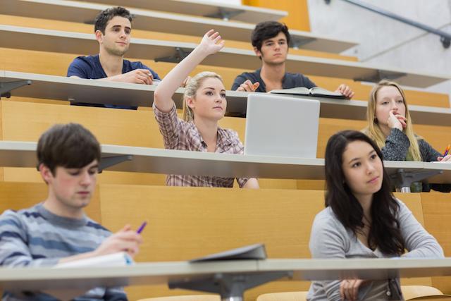 フランスの大学には受験がない。日本とフランスの大学と学生の違い