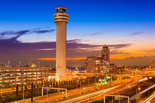 映画鑑賞からセグウェイ体験まで楽しめちゃう!世界の空港ランキングベスト10