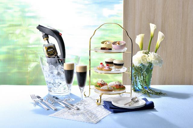 コーヒーの香りがはじけるシャボン玉に触りたい!泡カフェで絶品泡スイーツを【原宿】