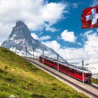 スイスの過疎地で仮想通貨ビジネス。人口減にブレーキ?